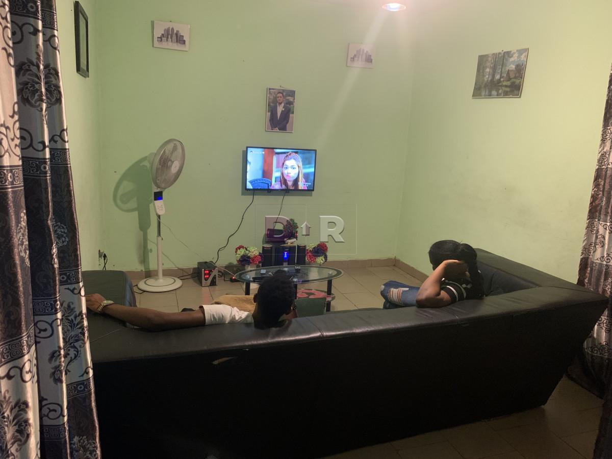 #RentMyRoom, empty furnished studio in Santa Barbara