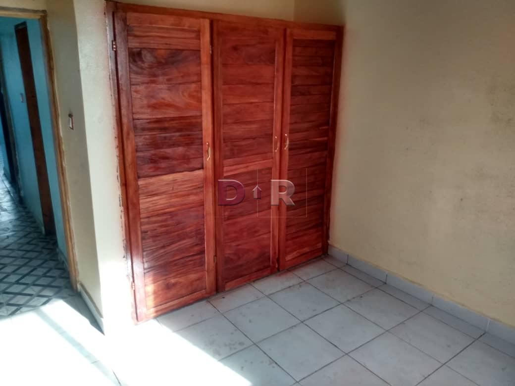 #RentMyRoom, room in family home in Molyko